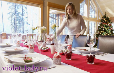 Как накрыть праздничный новогодний стол?