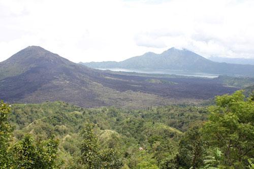Бали, Батур