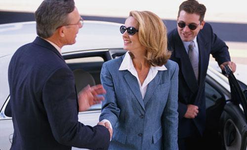 Как мужчина реагирует на успех своей женщины