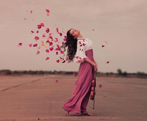 http://violet-lady.ru/wp-content/uploads/2012/10/kak-byt-zagadochnoj-2.jpg