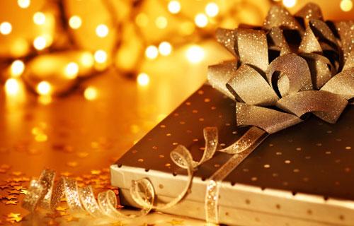 Как упаковать и преподнести подарок