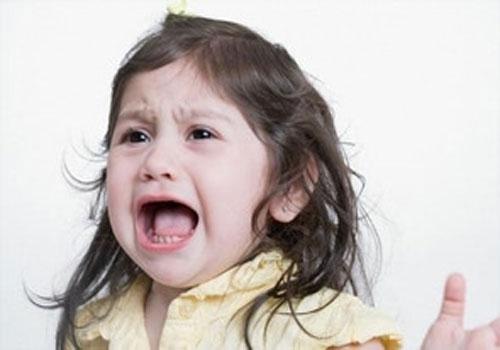 истерики у ребенка-1