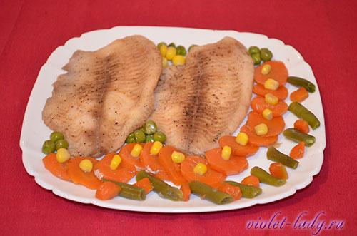 тилапия тушеная с овощами