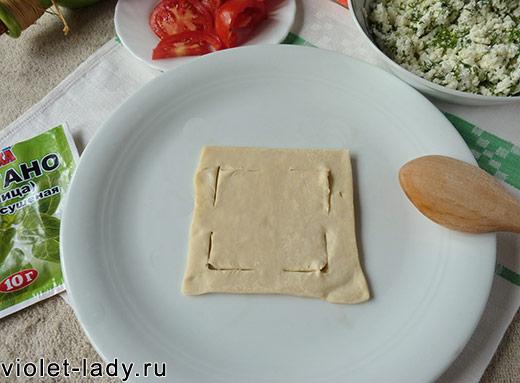 слоеное тесто пирожки с творогом