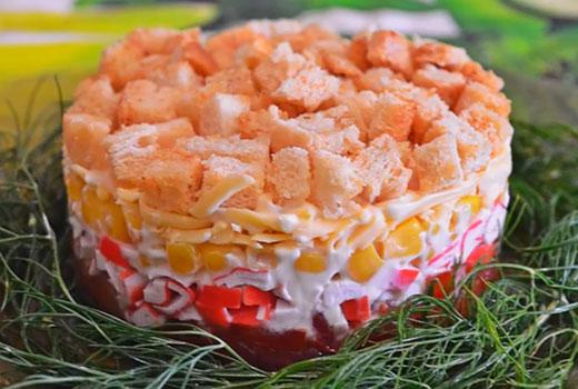 Салат помидор кукуруза крабовые палочки сыр